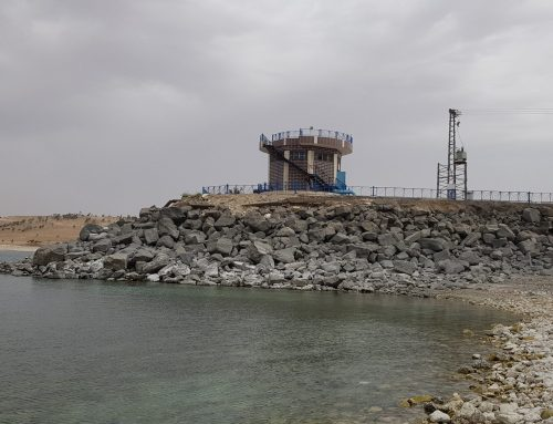 As the level of the Euphrates River drops, Syrian civilians on its banks pay the price