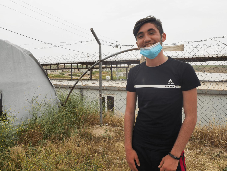 إبراهيم مهو يعيش مع جدته وشقيقه الأصغر في مخيم بردرش، 21/ 04/ 2021 (أ. مدينا/ سوريا على طول)